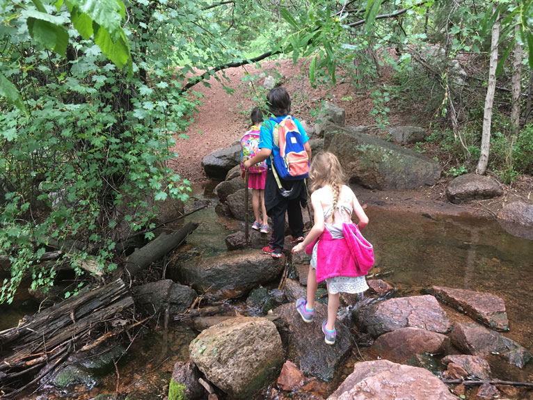 Children's outdoor hiking group ages 6-11 years old Colorado Springs
