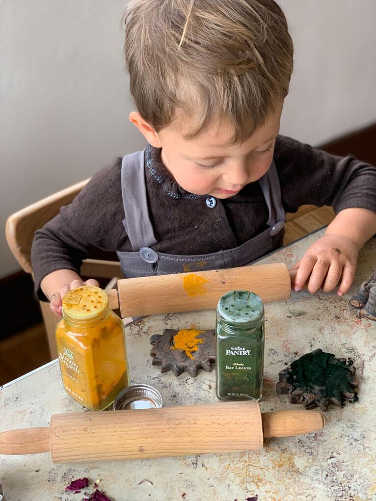 organic play dough DIY recipe