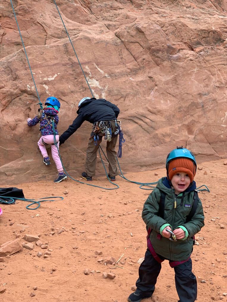 Colorado Springs forest school nature kinder garden outdoor enrichment program and rock climbing for children